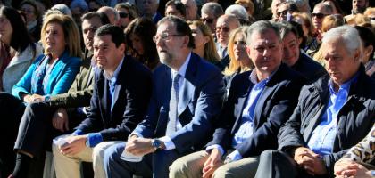 plana mayor del pp andaluz con rajoy mitin web