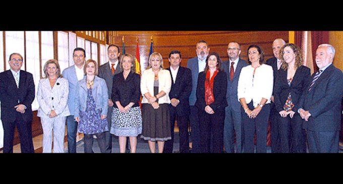 Ausbanc 'utilizó' al presidente del Consejo de Administración de la RTVA