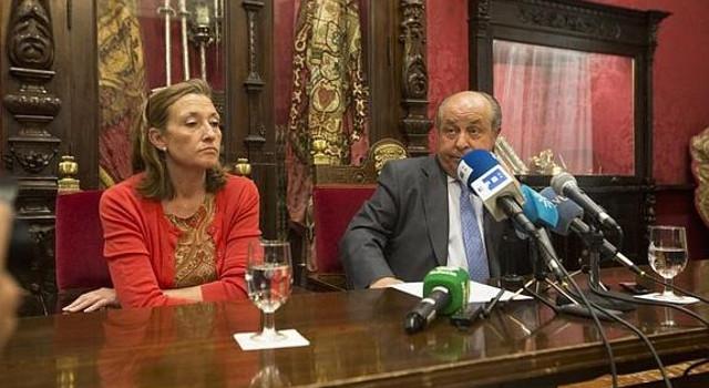 Isabel Nieto y Pepe Torres Hurtado web