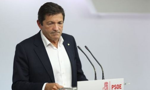 El PSOE pasa de coser a apañar